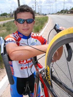 Kléber Ramos, ciclista paraibano (Foto: Rizemberg Felipe / Jornal da Paraíba)
