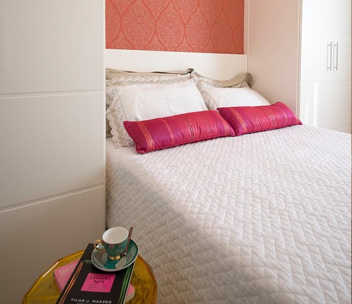 As almofadas renovadas podem dar charme também para a decoração do quarto (Foto: Divulgação)
