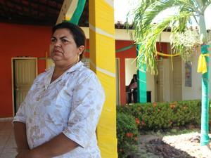 Secretária de Educação lamenta situação e pedi que alunos voltem para as escolas (Foto: Catarina Costa/G1)