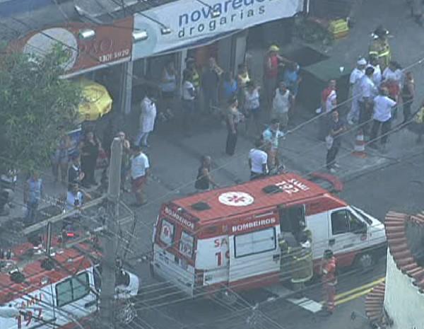 Explosão em supermercado deixa feridos em Irajá (Foto: Reprodução / TV Globo)