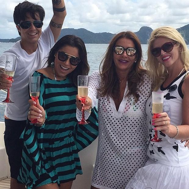 Thammy Miranda, Andressa Ferreira, Flavia Rocha e Val Marchiori (Foto: Instagram / Reprodução)