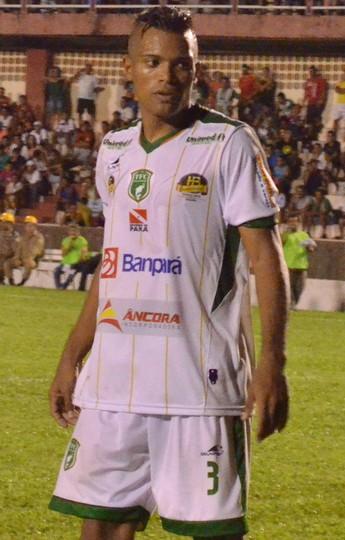 Junior, zagueiro Tapajós (Foto: Weldon Luciano/GloboEsporte.com)