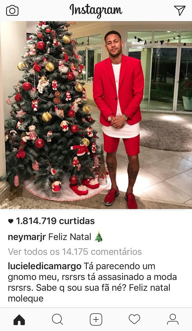 Comentário de Luciele di Camargo sobre o look natalino de Neymar Jr (Foto: Reprodução / Instagram)