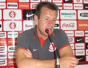 Dunga técnico Inter (Foto: Tomás Hammes / GLOBOESPORTE.COM)