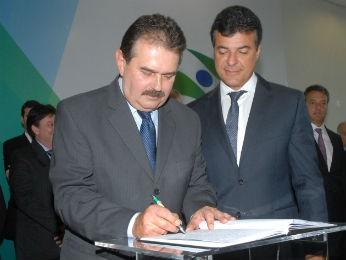 Cezar Silvestri (PPS) assume a Secretaria de Governo (Foto: José Gomercindo /ANPr/ Divulgação)