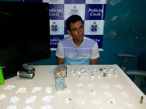 Traficante da Bahia afirma tirar R$ 700 com venda de droga por semana (Foto: Divulgação/PC)