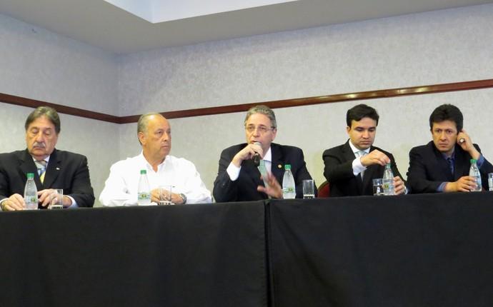 Diretoria do Coritiba Rogério Bacellar (Foto: Fernando Freire)