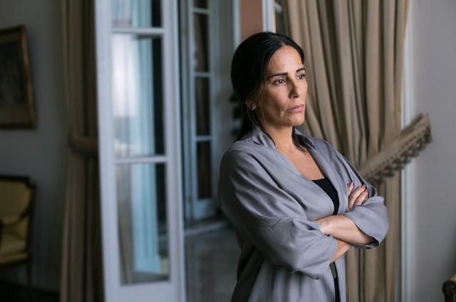 'O outro lado do paraíso': Gloria Pires é Elizabeth (Foto: TV Globo/Raquel Cunha)