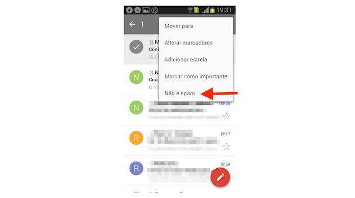 Informando que uma mensagem não é spam no Gmail para Android (Foto: Reprodução/Marvin Costa)