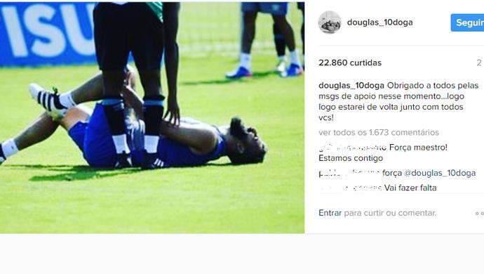 Douglas post redes sociais Grêmio lesão (Foto: Reprodução/Instagram)