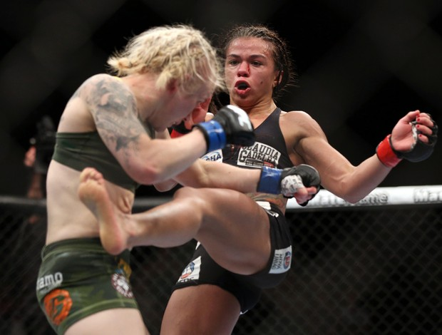 Claudia Gadelha x Tina Lahdemaki UFC MMA (Foto: Reuters)
