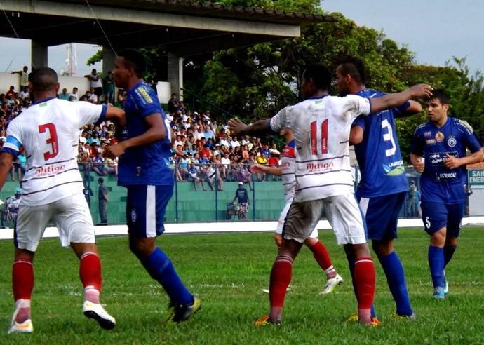Parnahyba e Piauí pela segunda rodada do Piauiense 2014 (Foto: Reneé Fontenele/AScom)