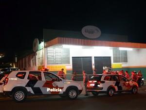 Policial militar é baleado na cabeça em bairro da periferia de Piracicaba (Foto: Fernanda Zanetti/G1)