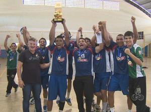 Equipe Uninorte, grande campeã da Taça Amazônia de Handebol (Foto: Reprodução/TV Rondônia)