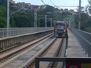Metrô na Estação de Bom Juá, em Salvador. (Foto: Maiana Belo / G1 BA)