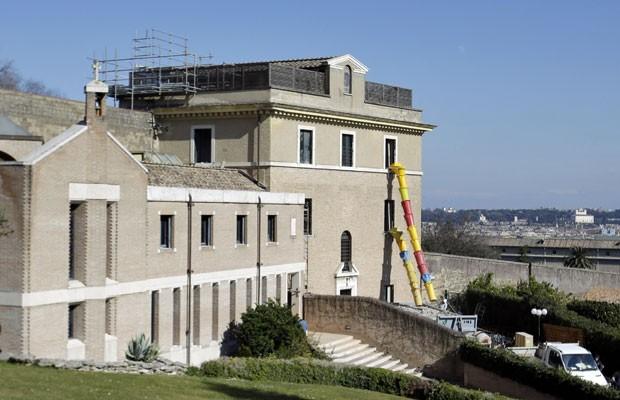 Mosteiro 'Mater Ecclesiae', residência que Bento XVI escolheu para viver após sua renúncia (Foto: Gregorio Borgia/AP)