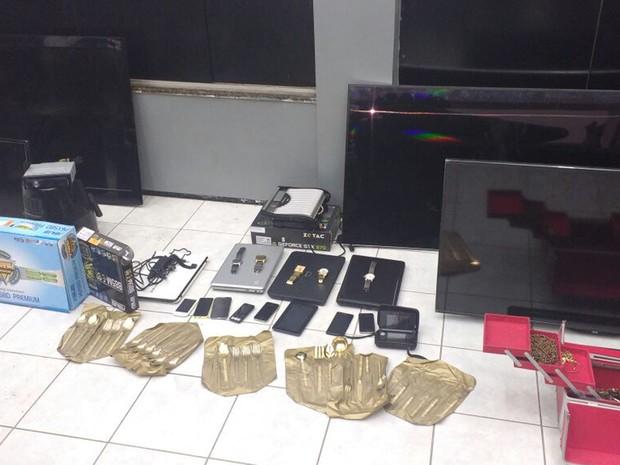 Material apreendido foi encontrado na casa da estudante de Direito em São Luís (MA) (Foto: Divulgação/Polícia Militar)