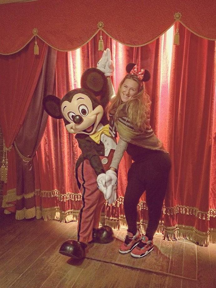 Victoria Azarenka na Disney (Foto: Reprodução / Twitter)