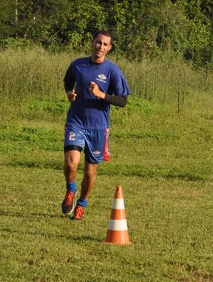 Carlos Eduardo, zagueiro do Piauí para o Piauiense (Foto: Renan Morais/GLOBOESPORTE.COM)