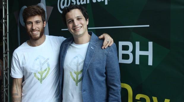 """Startup paulista cria sensor que ajuda """"esquecidos"""" a regar plantas"""