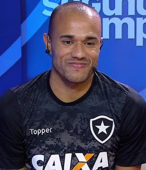 Roger, atacante do Botafogo (Foto: Reprodução SporTV)