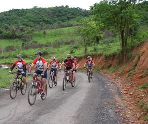 Romaria sobre duas rodas vai de Pará de Minas a Leandro Ferreira (Foto: Divulgação)
