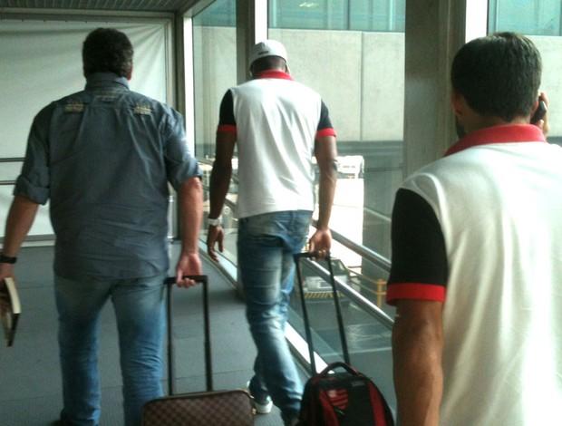 Abel Braga e Dorival Junior Aeroporto (Foto: Assessoria de Imprensa do Flamengo)