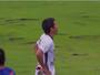 Osvaldo deixa dois defensores no chão e leva como abusado da rodada