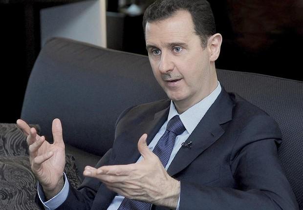 Síria: Assad diz que ataques russos devem ter sucesso, ou região será destruída