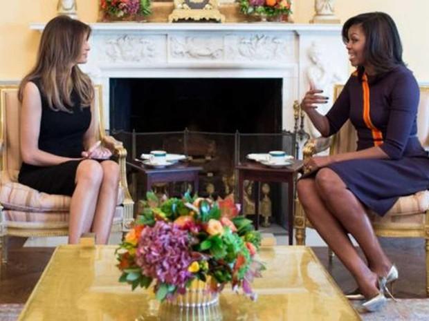 Primeira-dama dos Estados Unidos, Michelle Obama, recebeu Melania Trump, na Casa Branca  (Foto: Casa Branca)