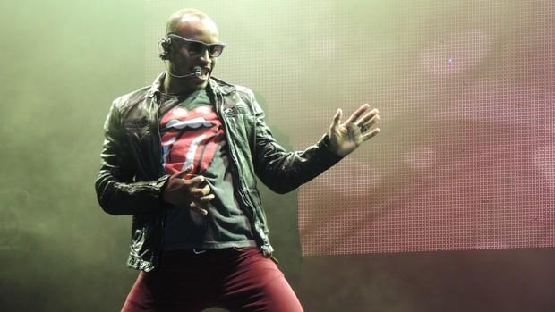 Com recorde de público, Thiaguinho canta para mais de 44 mil (Fernanda Burigo/G1)