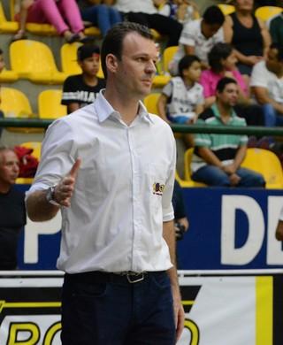 Danilo Padovani Mogi X Pinheiros NBB 8 (Foto: Bruno Rocha)
