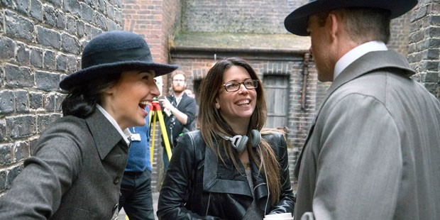 A diretora Patty Jenkins no set de Mulher Maravilha (Foto: Divulgação)