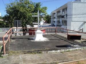 Santa Cruz da Bica simboliza o monumento feito para demarcar onde terminava Natal (Foto: Heldon Simões/Cedida)