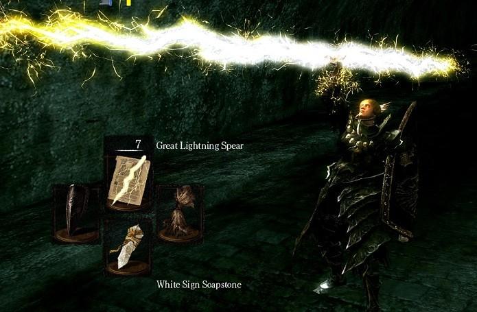 Com a magia selecionada é só usar o botão de ataque da má que tiver seu objeto mágico (Foto: Divulgação)