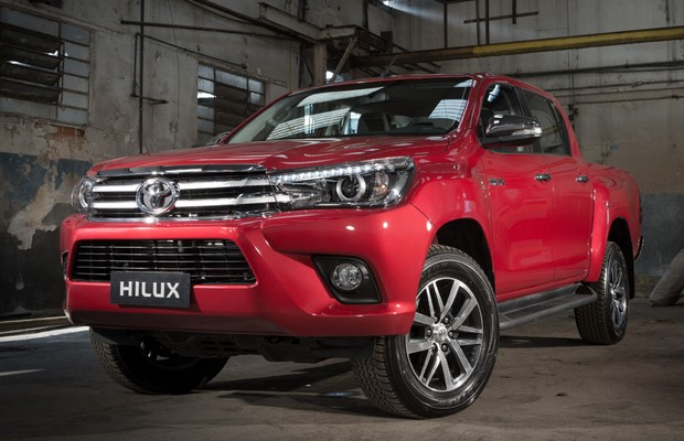 Dianteria da Toyota Hilux 2016 (Foto: Divulgação)