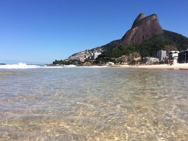 Rio tem dia de sol na véspera do feriado (Foto: José Raphael Bêrredo/G1)