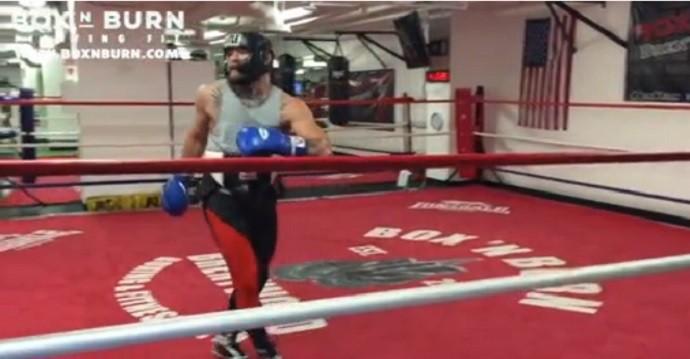 BLOG: De olho em Mayweather, Conor McGregor faz treino de boxe em Los Angeles