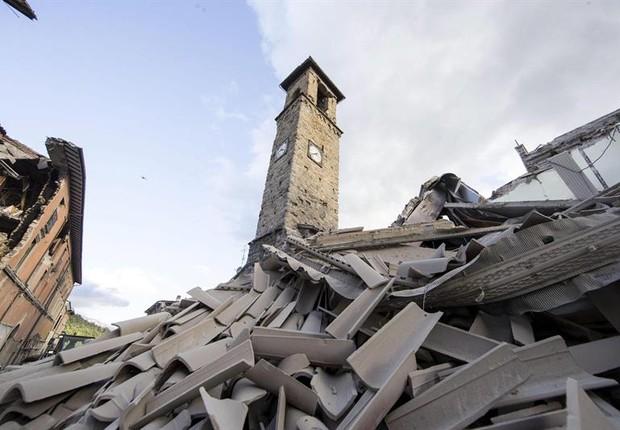 Prefeito diz que metade de Amatrice, na Itália, não existe mais após terremoto (Foto: EFE)