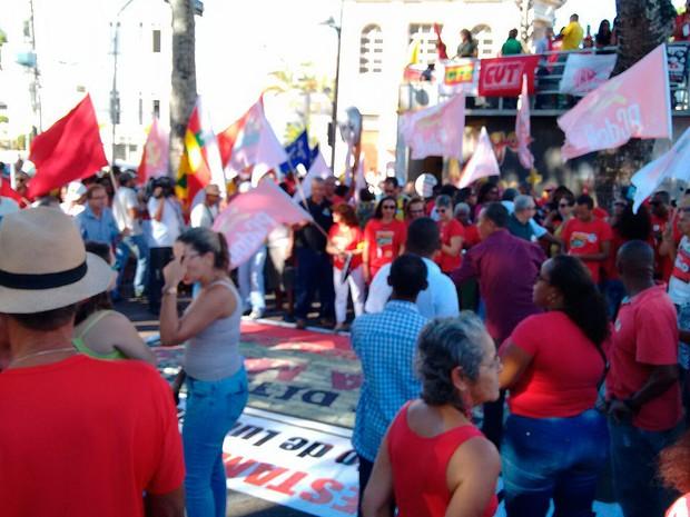 Manifestação pró-Dilma em Salvador (Foto: Maiana Belo/G1)