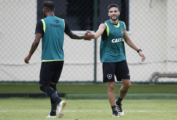 Lesionado, Montillo desfalcará Botafogo na decisão contra o Olimpia