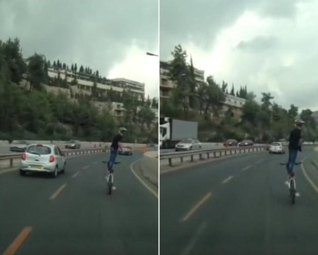 Ciclista se arriscou e andou em pé em bicicleta em rodovia movimentada em Israel (Foto: Reprodução/Facebook/Simcha Spot)