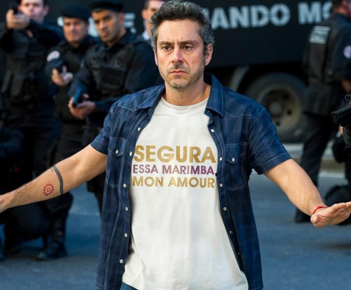 Segura essa marimba, mon amour (Foto: TV Globo)