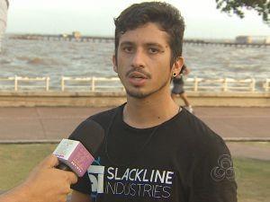 Atleta profissional de slackline, Diego Alves (Foto: Amazônia Revista)