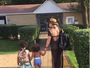 Dani Souza curte dia no clube com os filhos: 'Meus pequenos bebês'