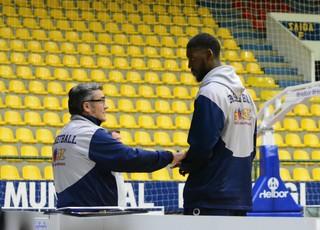 Gerson e Paco Treino Mogi basquete (Foto: Bruno Rocha)