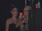 Ex-BBBs Clara e Bella vão a show no Recife