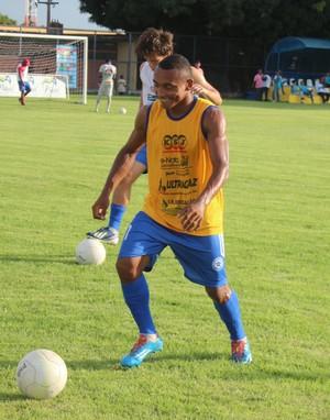 Fabinho, jogador do Parnahyba (Foto: Abdias Bideh/GloboEsporte.com)