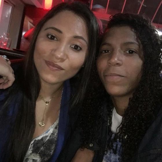 """Rafaela Silva e a namorada, Tamara: """"Ela me acompanha"""" (Foto: Reprodução/ Instagram)"""