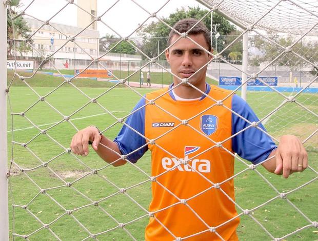 Léo Inacio campo Audax (Foto: Alexandre Alliatti / Globoesporte.com)